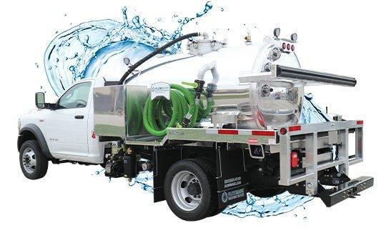 1275 white cab vacuum truck with water splash