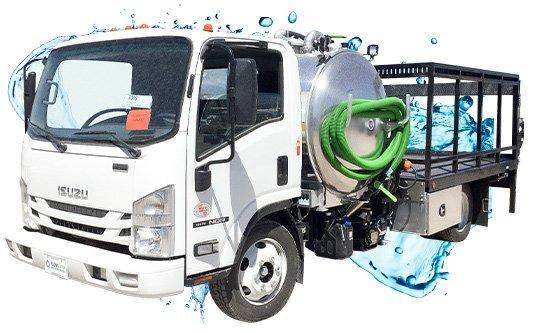 isuzu white cab pick up vacuum truck with water splash