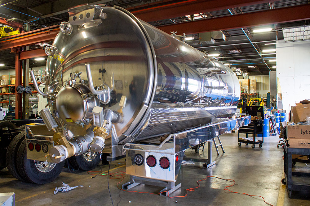 Vacuum tank sitting in Flowmark warehouse
